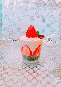 苺のカップケーキでクリスマス♪