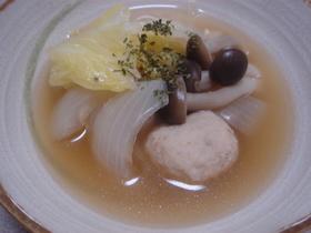 白菜と肉団子のコンソメスープ♪