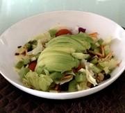 アボカドキウイのダイエットサラダの写真