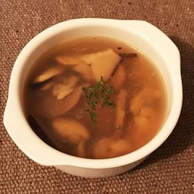 時短 簡単 コンソメスープ (冷凍魚介)