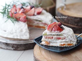 クレープフルーツケーキ