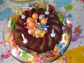 飴で飾るだけのバースデーケーキ