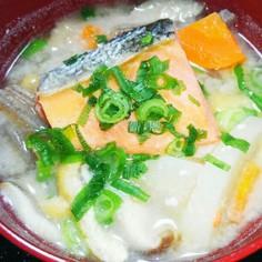 ☆鮭と西京味噌の具だくさん粕汁☆☆☆