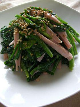 魚肉ソーセージとほうれん草の山葵マヨ和え