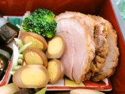 お節料理)茹で豚の香り醤油漬けの写真