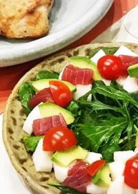 マグロ、アボカド、山芋の和風前菜サラダ♡