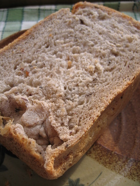 黒は健康の色!! 黒豆&ライ麦&玄米パン