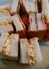 ハムサンドと玉子サンド