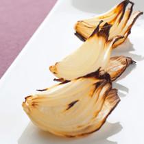 玉ねぎのロースト(くし形切り)