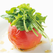 ルコラのサラダとトマトロースト