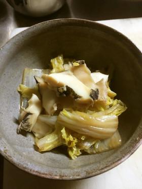 ニシ貝と白菜の煮物