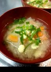 打ち豆入り大根と人参の味噌汁