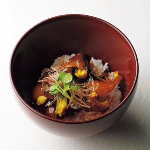 秋鯖黒酢絡み丼