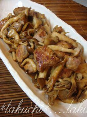 豚ヒレ肉とキノコのにんにく黒酢炒め