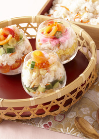 祝・パフェ風カップ寿司