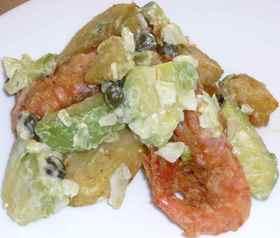 揚げ海老とジャガイモのアボカドサラダ