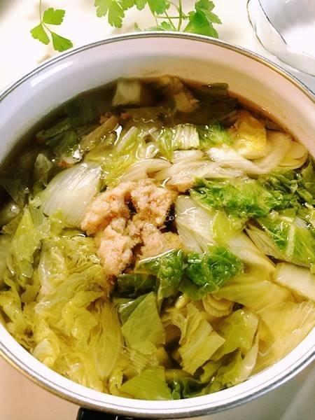 カニ缶で★白菜たっぷり醤油鍋