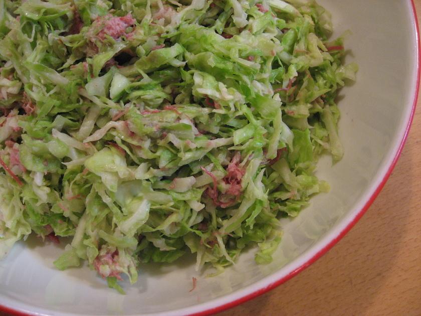 簡単☆キャベツとコンビーフのサラダ