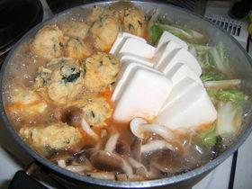 我が家風鶏団子の味噌鍋