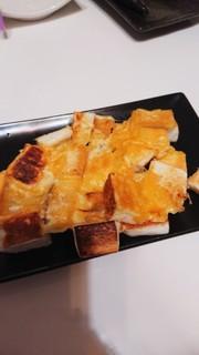 はんぺんのチーズ焼きの写真