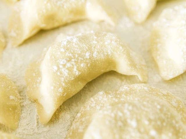 餃子 の 皮 作り方 薄力粉