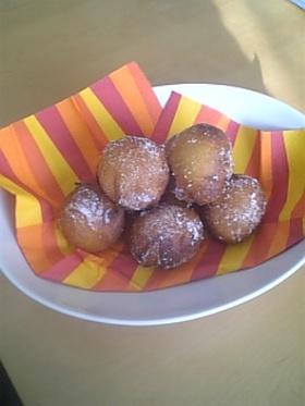 ふわカリッモチッやさしい味のドーナッツ☆