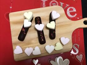 簡単バレンタイン♡市販お菓子にデコだけ♡