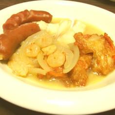 鱈とエビと揚げかまぼこの煮込み料理
