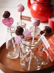 バレンタインに♪簡単ケーキポップの写真