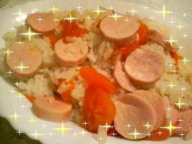 おさかなのソーセージ入りトマト御飯