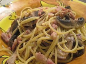 マッシュルームとベーコンのスパゲッティー