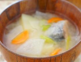 体も心も温まる北海道自慢の三平汁