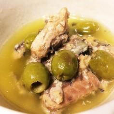 ワインのおつまみサバとオリーブのオイル煮