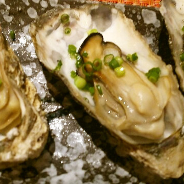 方 牡蠣 食べ 殻 付き