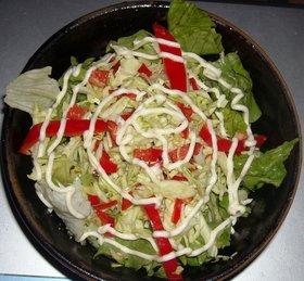 レタス&赤ピーマン入りコールスローサラダ