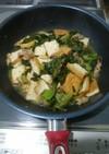 生高菜と豚バラ肉、厚揚げの味噌炒め