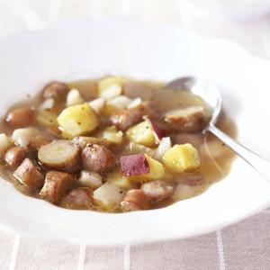 根菜とウインナーのスープ ニンニク風味