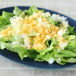 ゆでたまごのサラダ