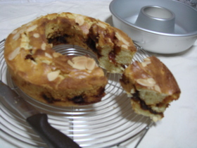 ○キャラメルりんごケーキ○