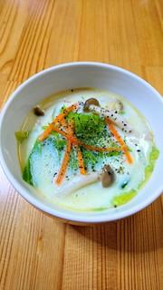 しめじ&キャベツ❀豆乳食べるスープの写真