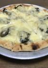 市販のピザ生地で牡蠣のピザビアンカ
