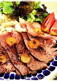 ■牛ステーキ&絶品ガーリックライス■