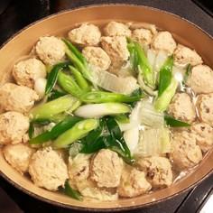 ネギたっぷり鶏団子鍋