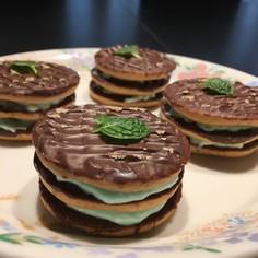ミントリキュールでチョコサンドクッキー♪