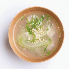 セロリとほたてのスープ
