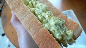 アボカド&卵のサンドイッチ