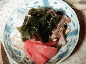 新玉ねぎと煮豚の簡単サラダ