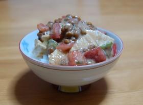 カマンベール納豆トマト丼