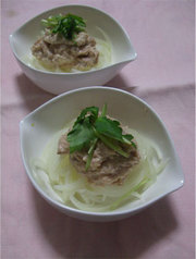 ツナ明太のオニオンサラダの写真