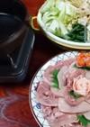 鶏すき (鶏のすき焼き)